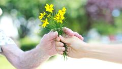 giving yellow flowers